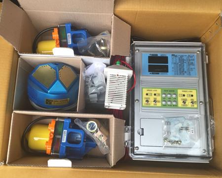 控制2台电卷配雨量湿度传感器T...